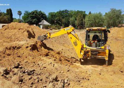 Dam Sealers -Digging